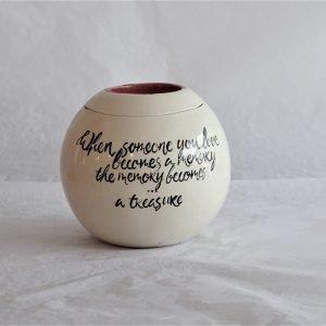 Urn mayflower, clay-Obscuur